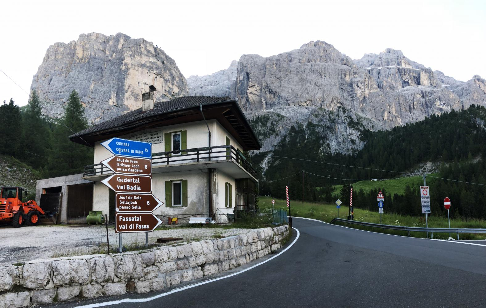 Passo Sella - Plan De Gralba Bike Climb - PJAMM Cycling