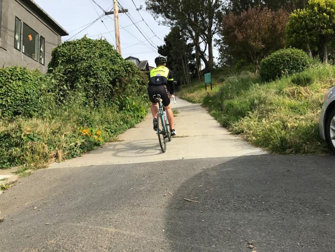 Mangels Ave Bike Climb - PJAMM Cycling