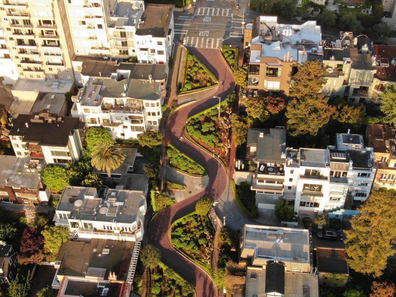 Lombard Street Bike Climb - PJAMM Cycling