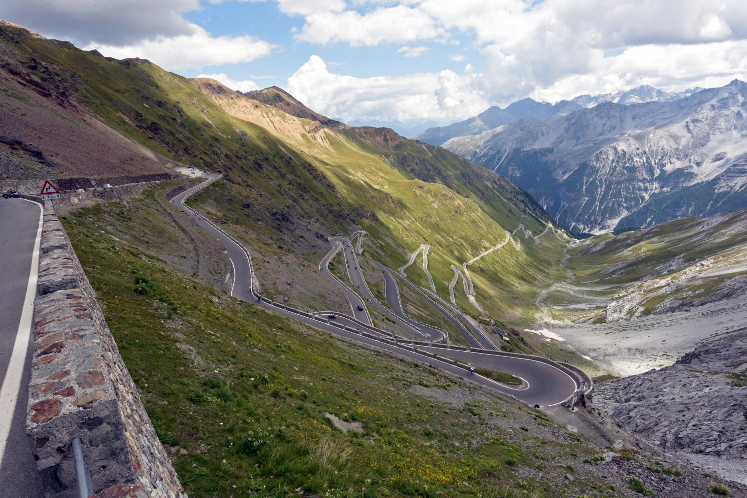 Passo dello Stelvio (Prato Allo Stelvio), Italy - PJAMM Cycling - Climb of the Week