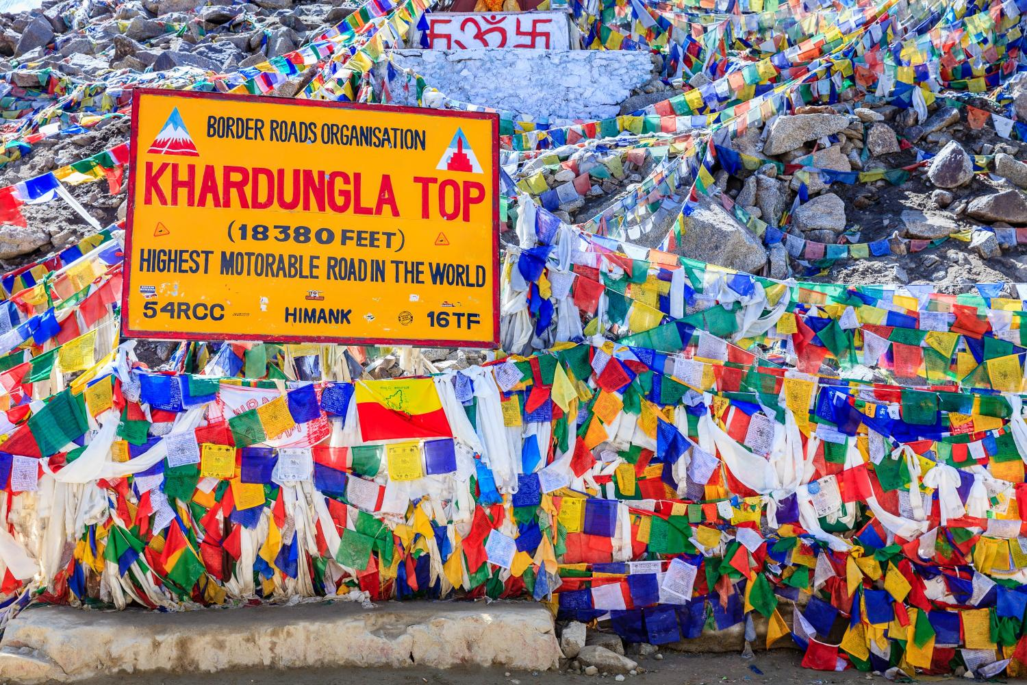 Khardung La Pass Bike Climb - PJAMM Cycling