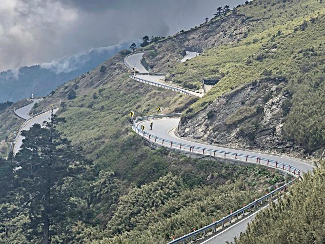 Wuling Pass West Bike Climb - PJAMM Cycling